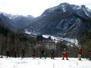 Tour with snow rackets: The Route of the Villages of Fiolera