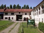 Cascina Vallere inner courtyard, housing the Park Head Offices