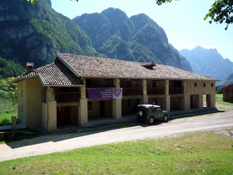 Volunteer's Center in Agre