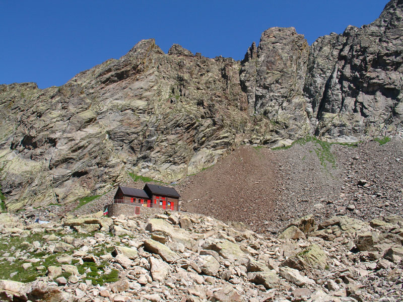Lorenzo Bozano Mountain Hut