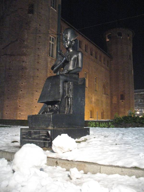 Copy of the statue of Ramesse II in piazza Castello in Turin (original at the Egyptian Museum)