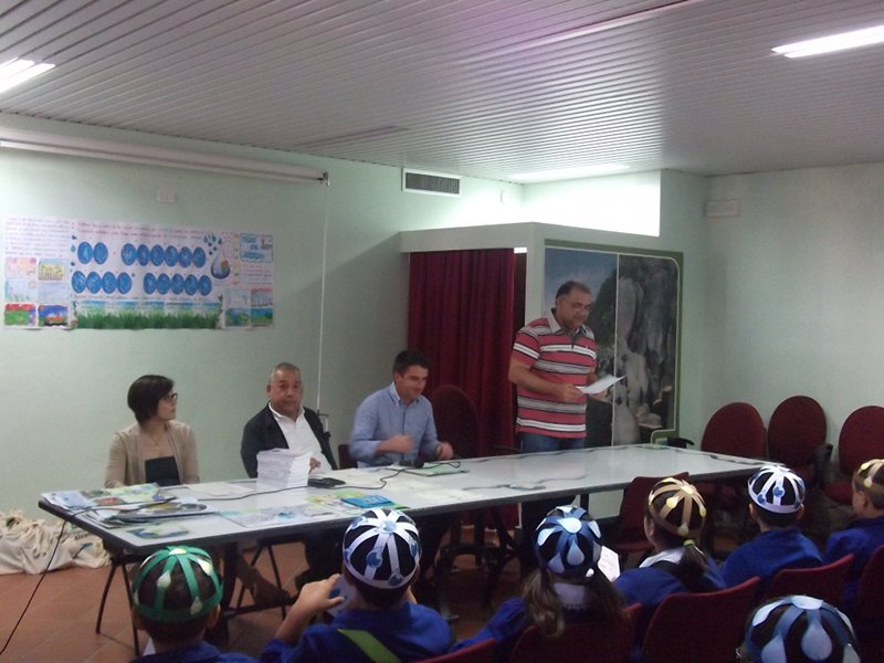 Contest The Value of Water: the Mayor of Gaggi during the greetings