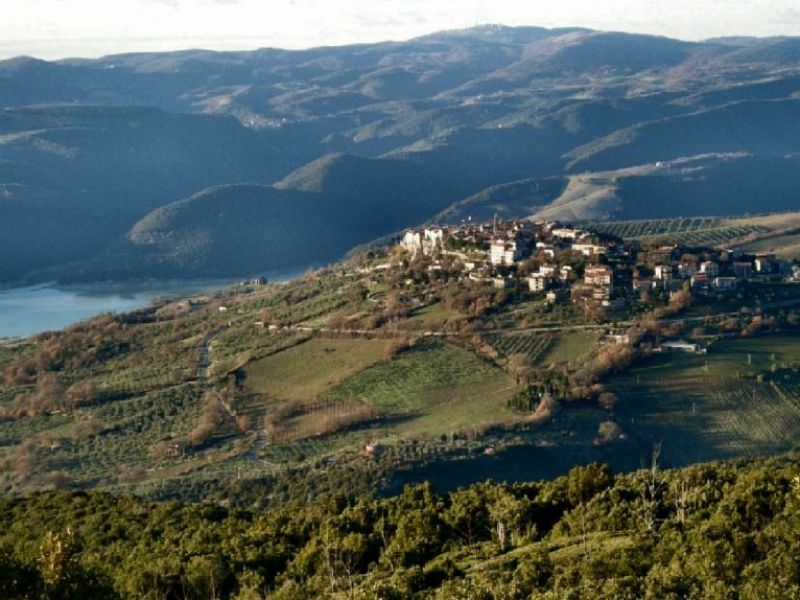 Veduta di Civitella del Lago
